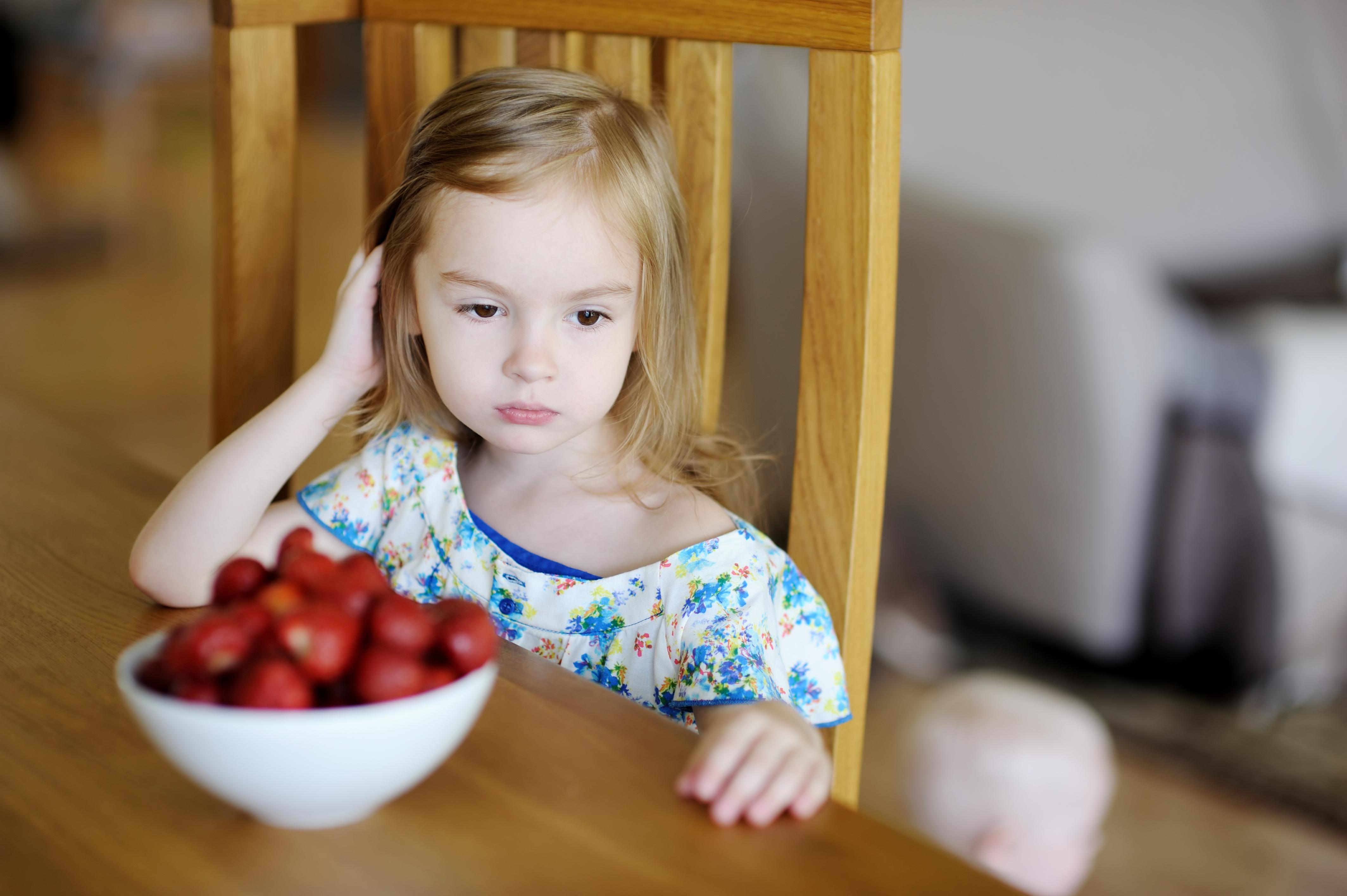 Реакции на клубнику у детей фото